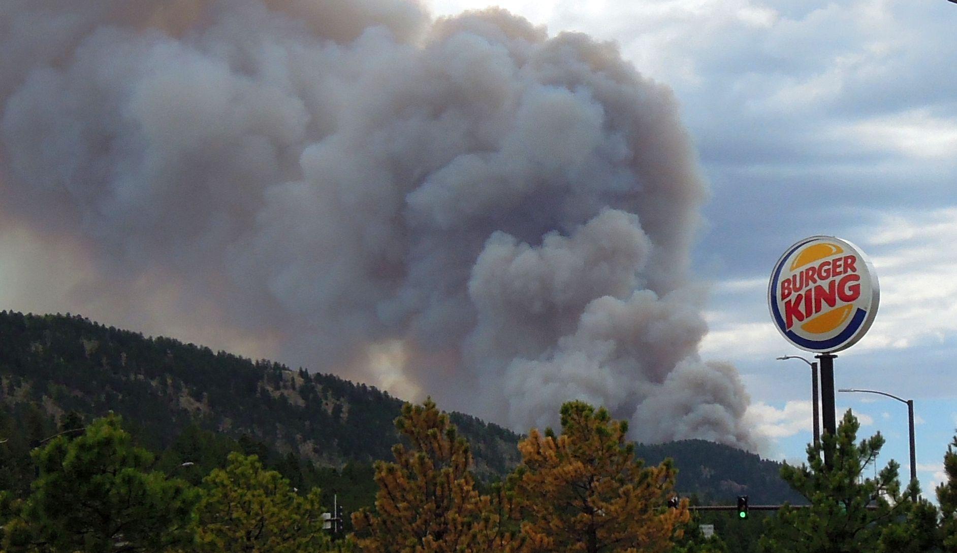 Waldo Canyon fire from SafeWay ParkingLot