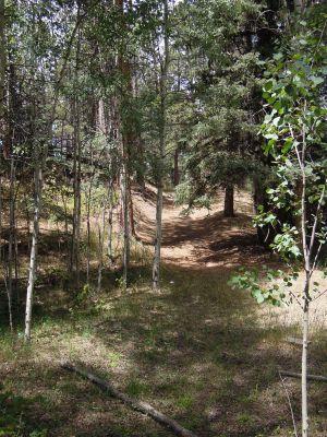 Trail >< Well